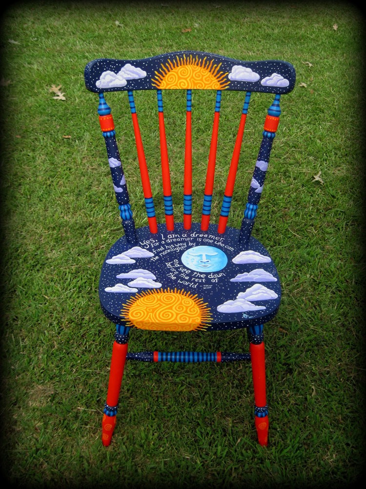 Dreamer's Moon Cottage Chair
