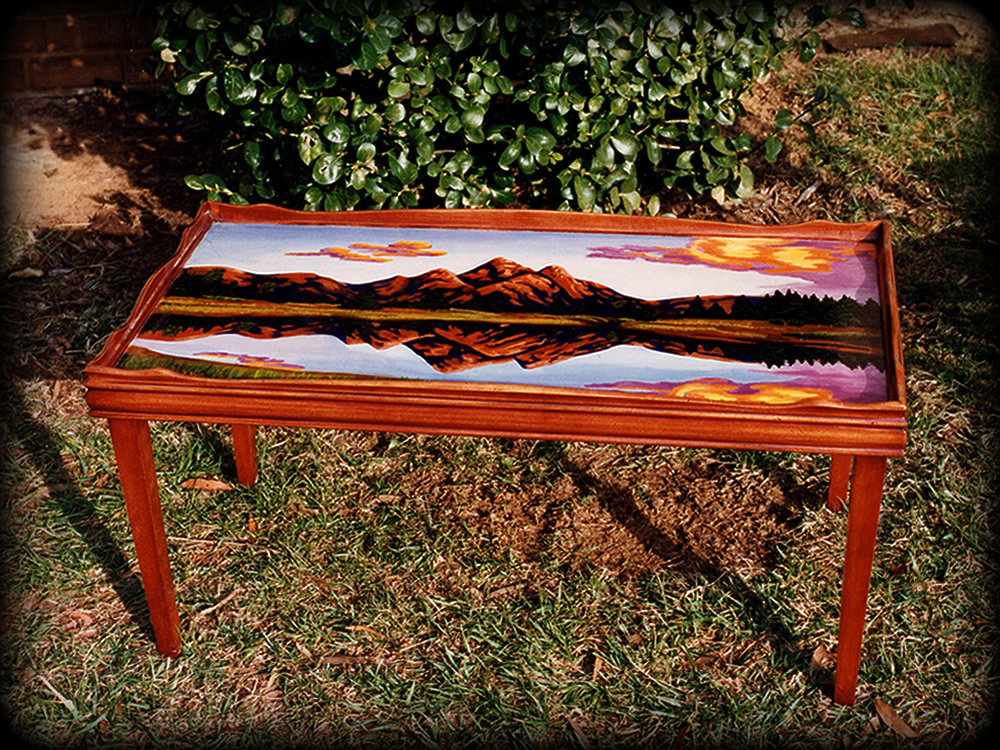 Mountain Magesty Table